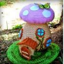 Вязаный крючком дом-грибок