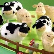 Вязаная овечка. Спицами