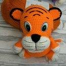 Вязаный крючком радужный тигрёнок