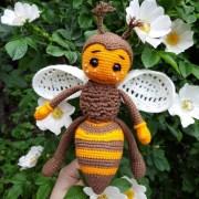 Вязаный крючком пчелёнок Флай