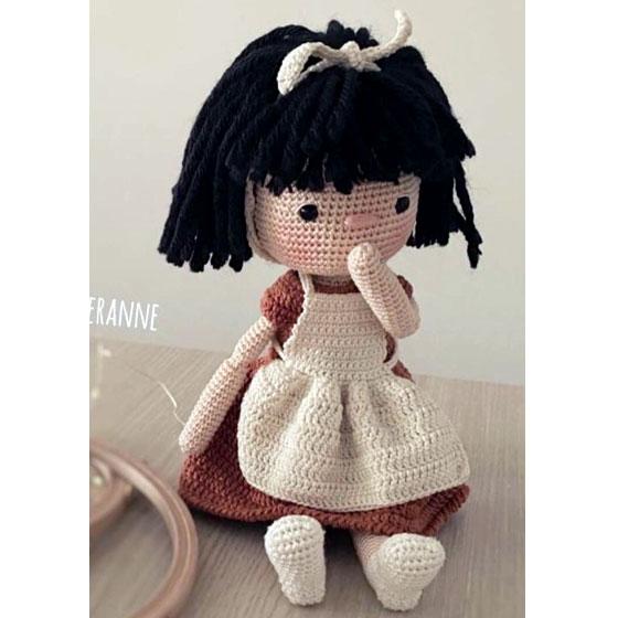 Вязаная крючком кукла Мэри