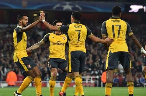 Du am Arsenal 2-0 Basel Goi ten bo tu huyen ao hinh anh