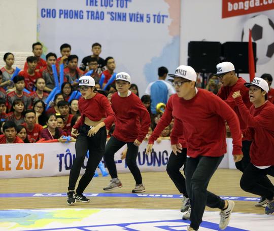 ĐH Tôn Đức Thắng vô địch Dance Battle, Bách Khoa đăng quang futsal - Ảnh 5.