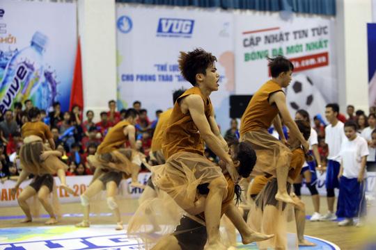 ĐH Tôn Đức Thắng đăng quang ngôi vô địch Dance Battle khu vực TP HCM - Ảnh 12.
