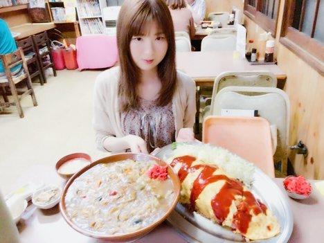 みさと藤2個食い.jpg