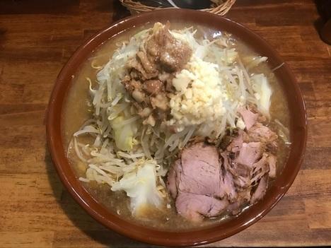 男気ラーメンアカギすり鉢麺マシ上アングル