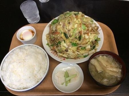長岡喜味屋デカ盛り野菜炒め定食