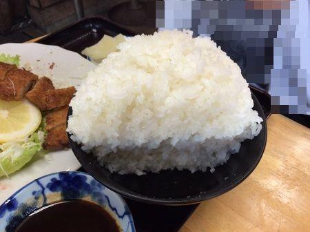 石川北野食堂定食ごはん断面