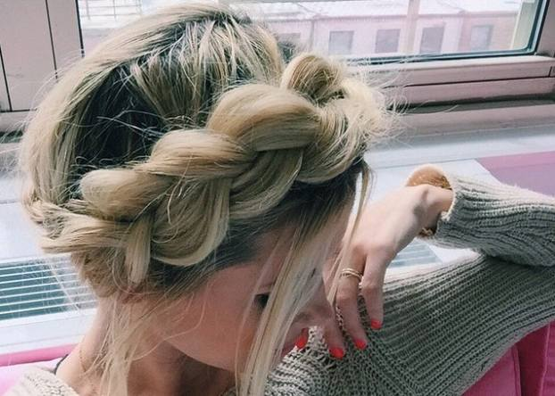 7 easy prom hairstyles