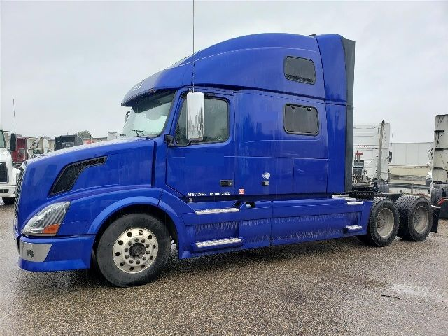 Semi Trucks for Sale by Banks