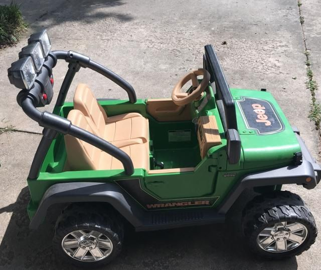 Power Wheels Deluxe Jeep Wrangler