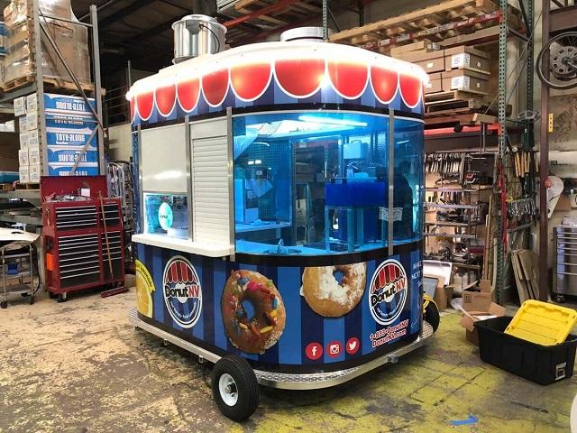 Custom Made Food Trucks Trailer Builders Near Me | Types ...