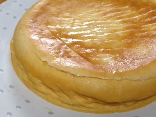 炊飯器でチーズケーキ(斜めから)