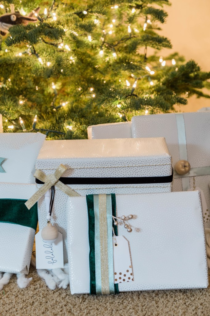 neutral Christmas wrapping ideas