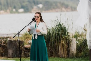 maid of honor speech at outdoor beach wedding, Pacific Northwest wedding, island wedding