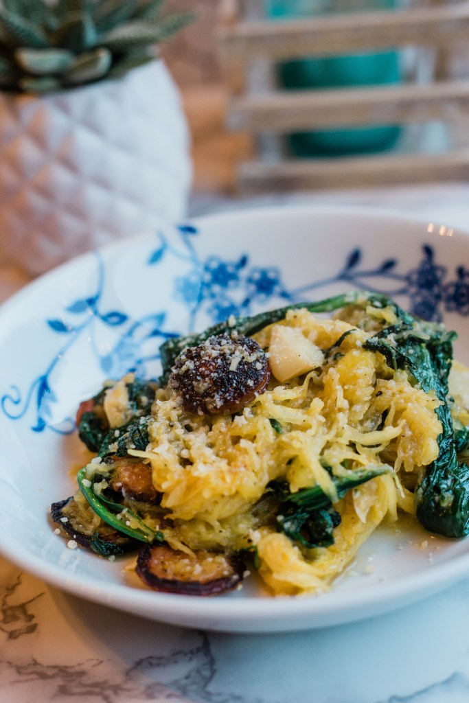 spinach garlic spaghetti squash, easy delicious dinner idea