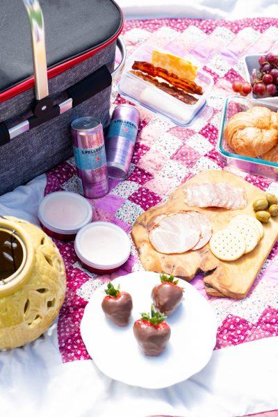 delicious menu for backyard picnic