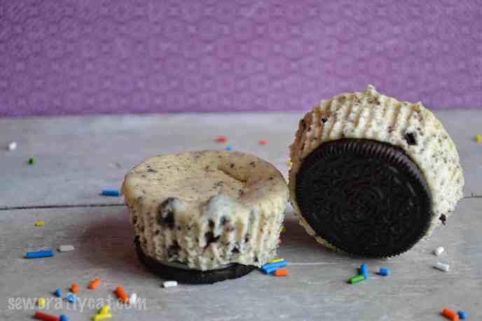 CookiesandCreamCupcakes-5