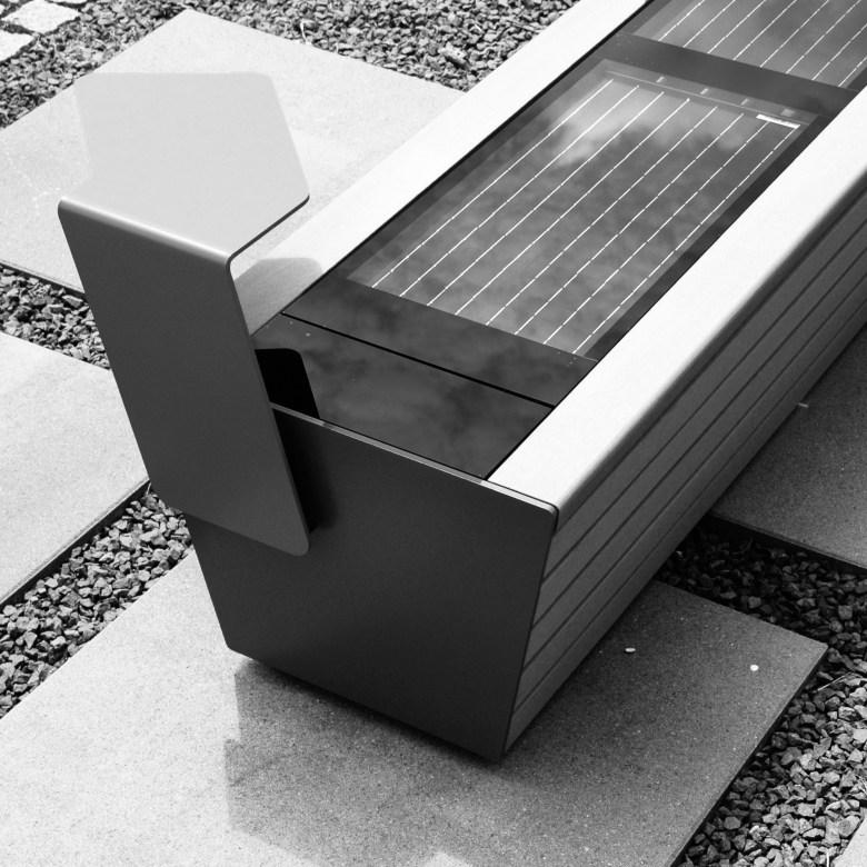 Komserwis solar bench