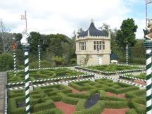 0305. Tudor Garden in Hamilton (Copy)