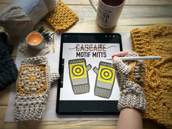 Cascade Café Mitts