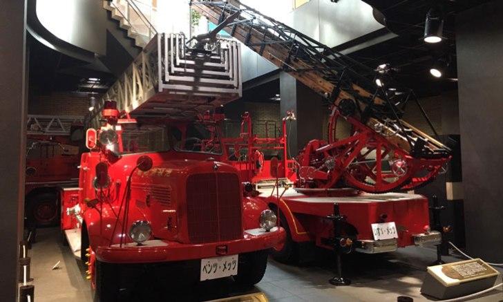 消防博物館 ベンツ・メッツ梯子自動車、いすゞ・メッツ梯子自動車