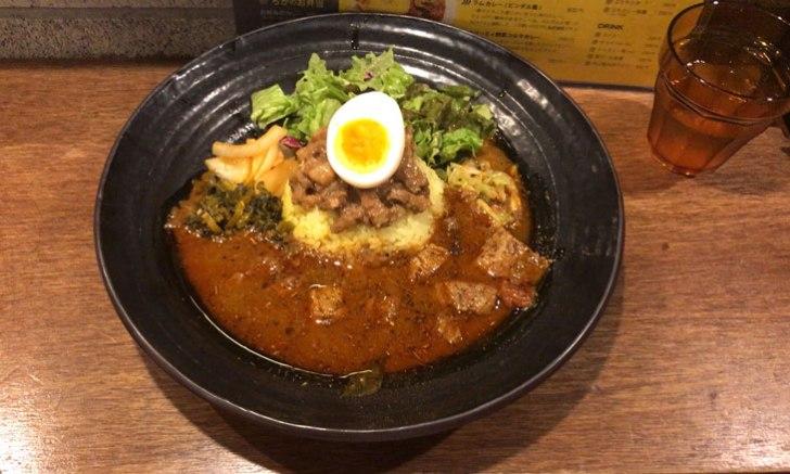 大久保 spicy curry 魯珈 ろかプレート(ラムカレー)