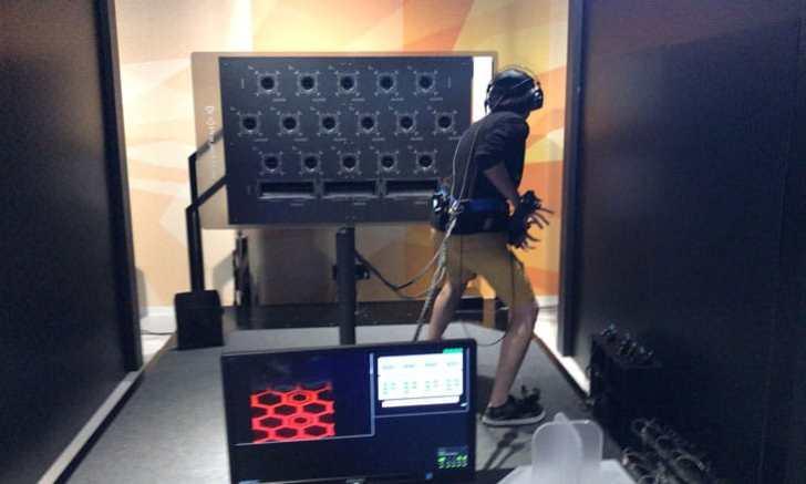 新宿 歌舞伎町 VR ZONE SHINJUKU ドラゴンボールVR 秘伝かめはめ波