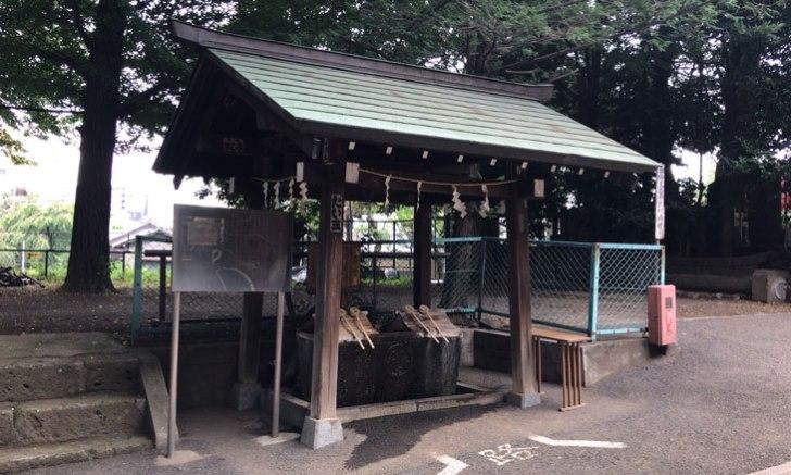 新宿 諏訪神社 手水舎