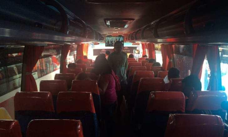 JAC LINNER バス 車内