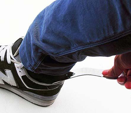 Použijte lžíce na boty