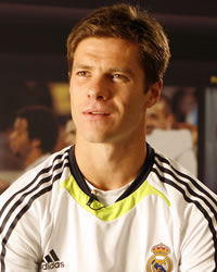 Xabi Alonso - Real Madrid (Bwin)