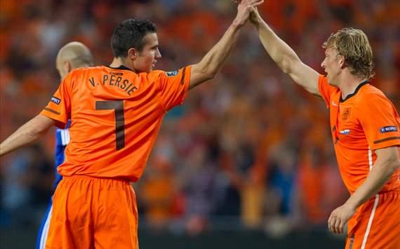 Robin van Persie and Dirk Kuyt (Netherlands)