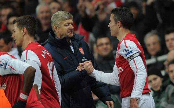 Van Persie too good for Serie A, says Wenger