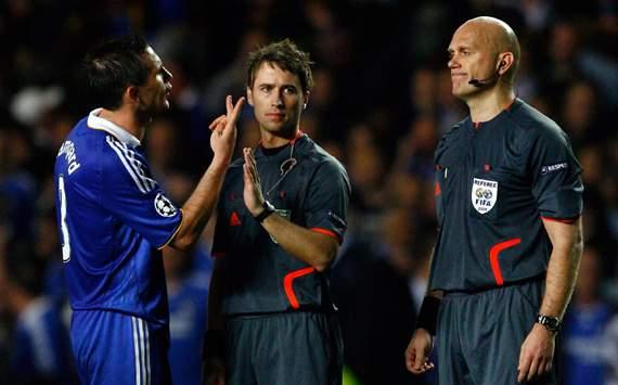 Frank Lampard & Tom Henning Ovrebo