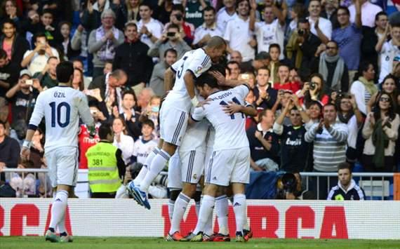 Real Madrid celebrates against Celta de Vigo