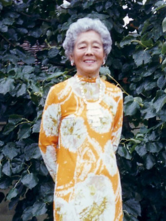 Símbolos de Reiki (la historia) Senora-hawayo-takata