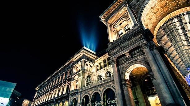 Duomo 21 Terrace a Milano  Menu prezzi immagini recensioni e indirizzo del ristorante