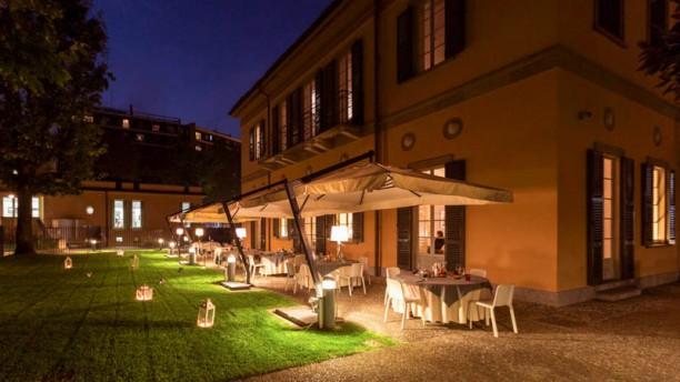 Villa Campari a Sesto San Giovanni  Menu prezzi immagini recensioni e indirizzo del ristorante