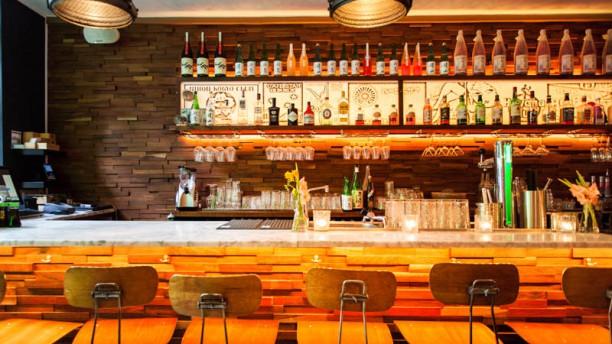 kitchen bar white modern cabinets ku in amsterdam restaurant reviews menu and prices het