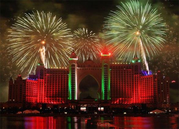 Dubai fireworks The Pointe