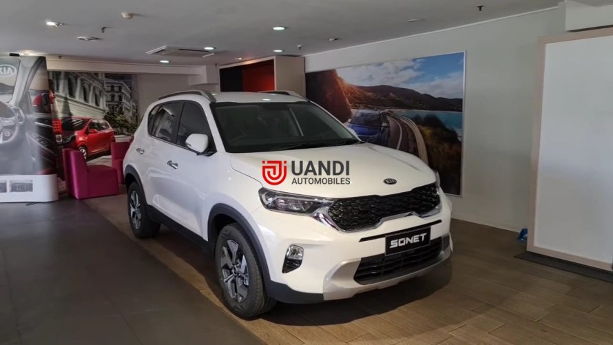 Kia Sonet 07 seater is launched in the Indonesian market. Earlier the model was spotted testing in India. Now, with the launch of the 07-Seat Sonet, Speculations are increasing about its much possible launch in the domestics market.