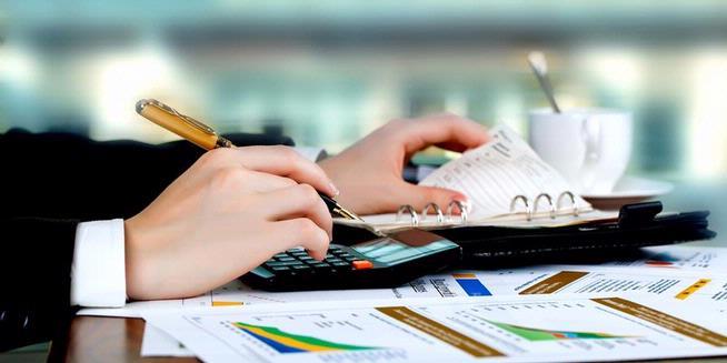 1353464-akuntansi-dan-keuangan-menghitung-dengan-kalkulator-fakultas-ekonomi-620x310