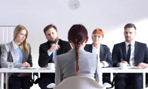 kesalahan umum bahasa tubuh saat interview
