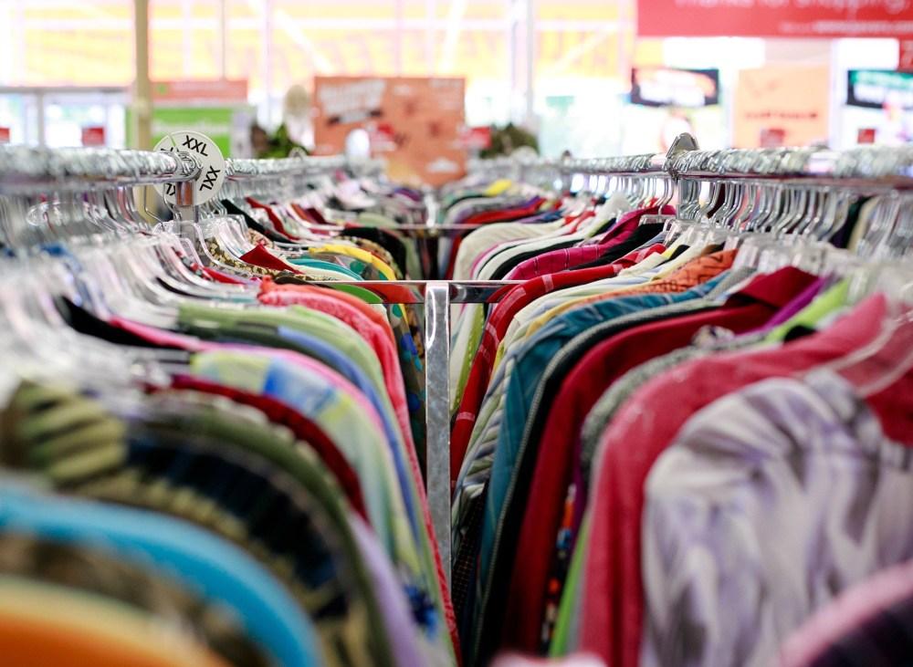 bisnis thrift store