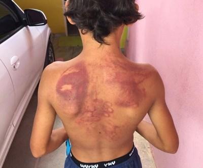 Homem é preso após agredir enteado com chineladas em Jacobina