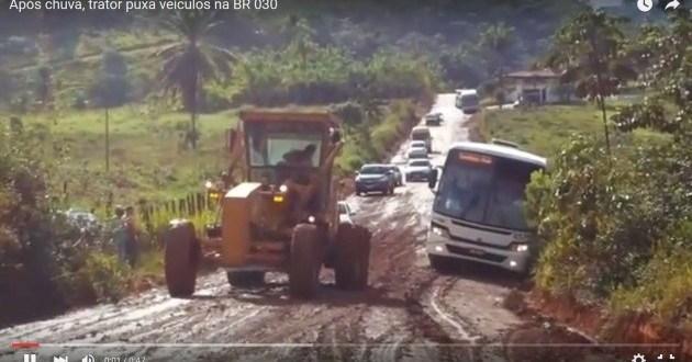 Vídeo: Leitores registram situação da BR 030 na Península de Maraú após as chuvas