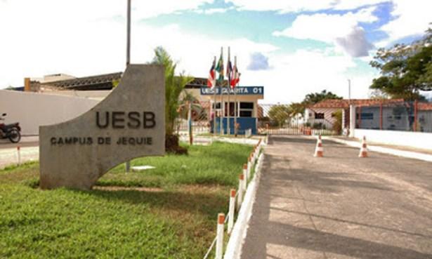 Professores da UESB aprovam indicativo de greve geral dos servidores