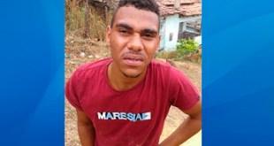 http://ubaitaba.com/ipiau-um-morto-dois-feridos-atentado-na-noite-desta-sexta-feira-12/