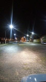 a iluminação pública de toda a cidade está sendo melhorada